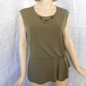 Nwt AGB Sz XL Green Necklace Neck Sleeveless Top